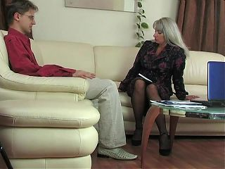 51yo lady-boss Elena recruits through fucking