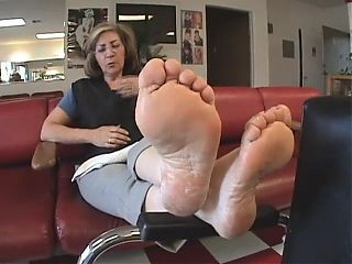 MATURE THICK SOLES