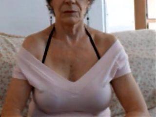 87 jarige oma geneukt door jonge lul - 1 part 8