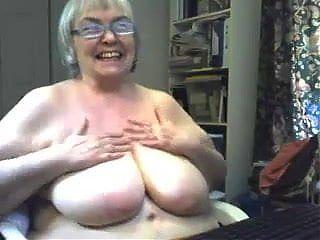 Sexy B B W big Tit Granny