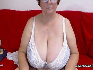 Grandma With Macromastia Shows Tits on Live Cam Chat