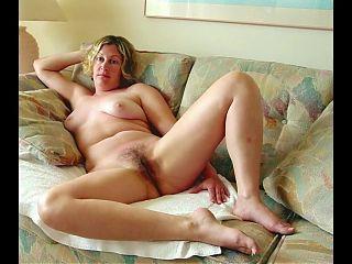 some pretty sexy mature women